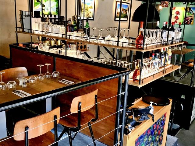 LES VAILLANT Notre Mezzanine 2 & le Bar suspendu